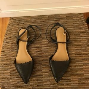 Old Navy Pointed Ballet Flats Size 8